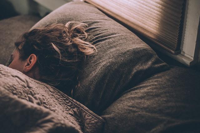 نصائح للحد من الشعور بالتبول أثناء النوم