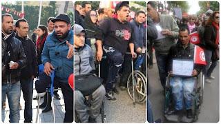 (بالصور) اقتحام اعتصام عائلات شهداء وجرحى الثورة والإعتداء على عدد من المعتصمين