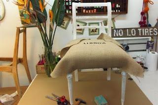 C mo tapizar una silla paso a paso i trabajo artesanal - Clavos para tapizar ...
