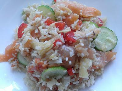 Zdrowa sałatka z imbirem i ryżem