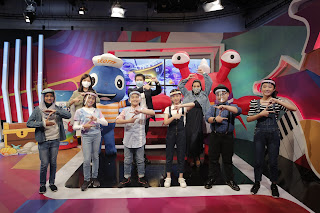 Bryan Wong, General Manager, Consumer Healthcare, GSK Malaysia, Singapore, Brunei; Foo Hwei Jiek, Head of Trading of Watsons Malaysia, Yasmin Hani and the kids of Generasi Z and Z Power at the virtual launch of Scott's Gummies with DHA in assorted flavours