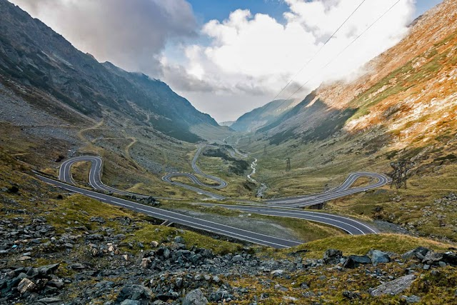 9 dangerous world mountain pass routes, challenging every driver