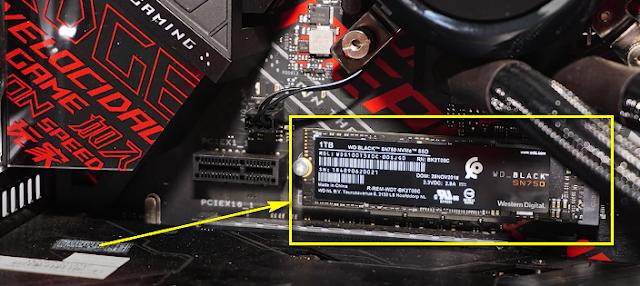 SSD Sata chuẩn M2 được gắn trực tiếp lên Mainboard máy tính để bàn