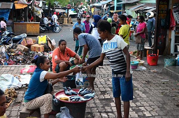 Kadelang Market Alor Island