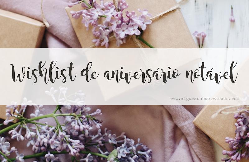 Wishlist de aniversário notável (pacotes de presente e flores roxas)