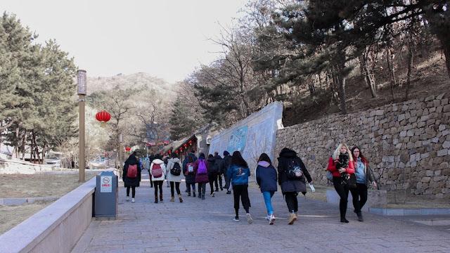 naik ke tembok china