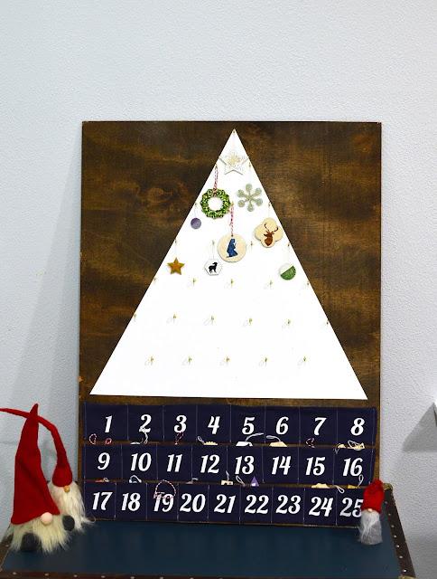 simple modern advent calendar