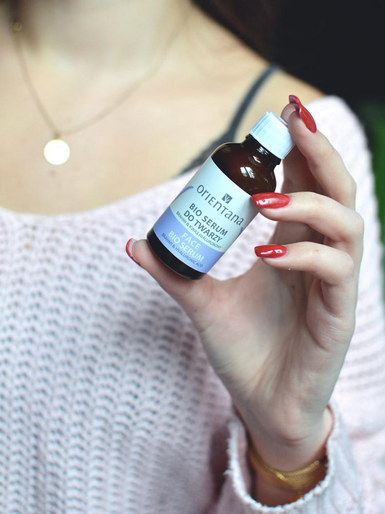 serum z kwasem hialuronowym zmarszczki