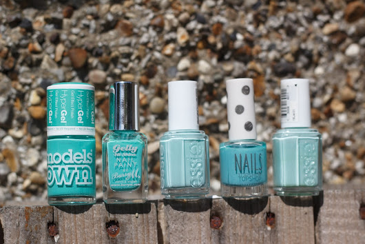 Nails - Minty Greens