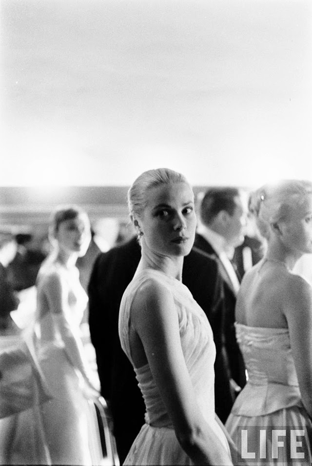 Audrey Hepburn and Grace Kelly backstage at the 28th
