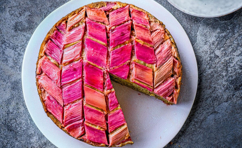 Rhubarb and ginger upside-down cake