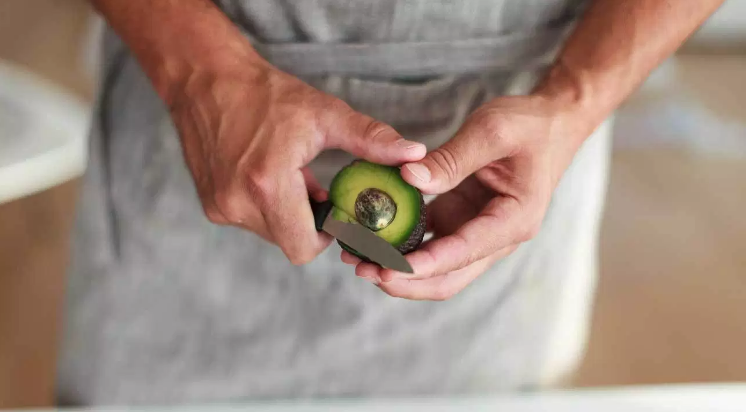 12 Proven Health Benefits of Avocado