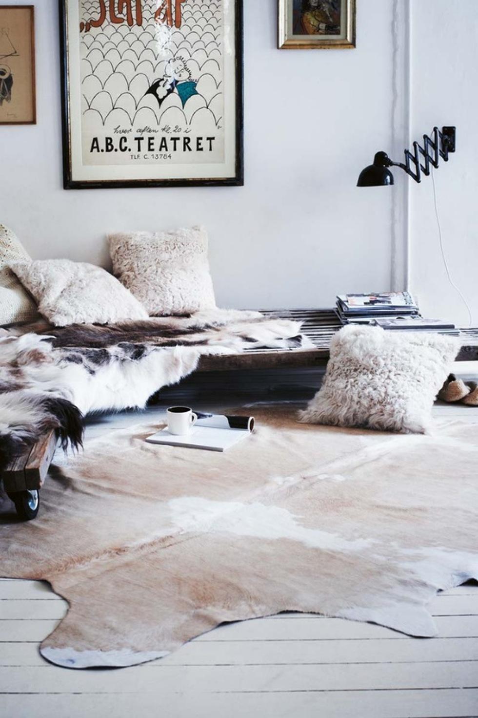 bereketdecor cowhide rugs classic. Black Bedroom Furniture Sets. Home Design Ideas