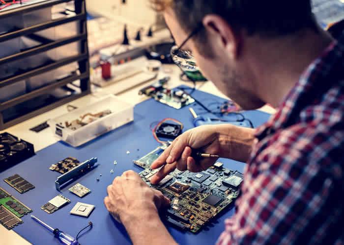 Consertando placa - Movimento Maker