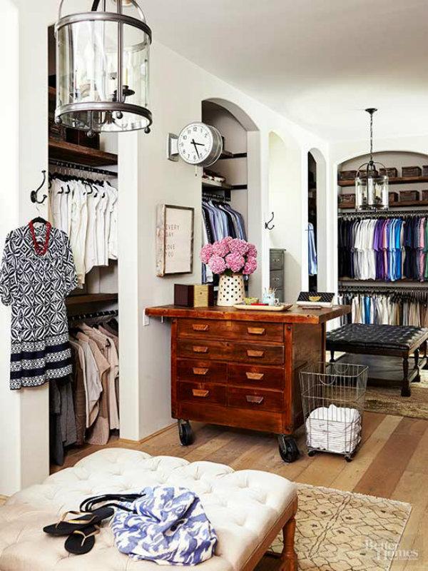 Transforming Bedroom into Closet