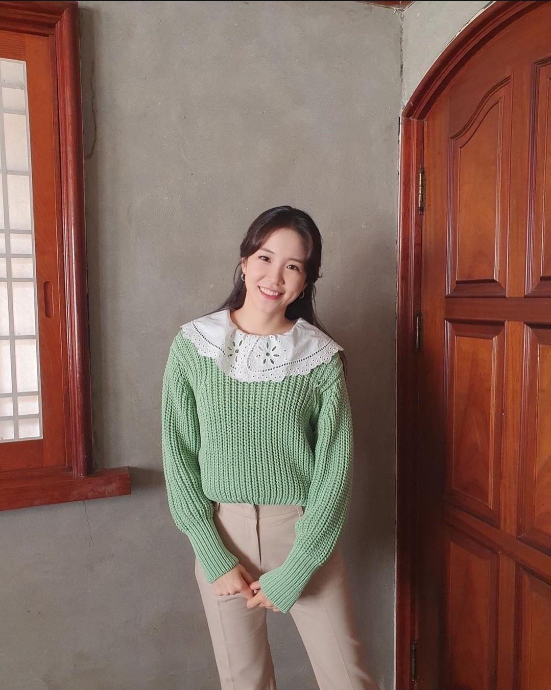 장예원 아나운서 월간커넥트 의상 - 꾸르