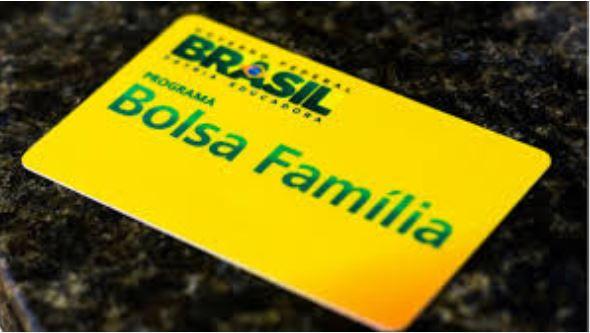 Governo Federal suspende atualização do cadastro de beneficiários do Bolsa Família