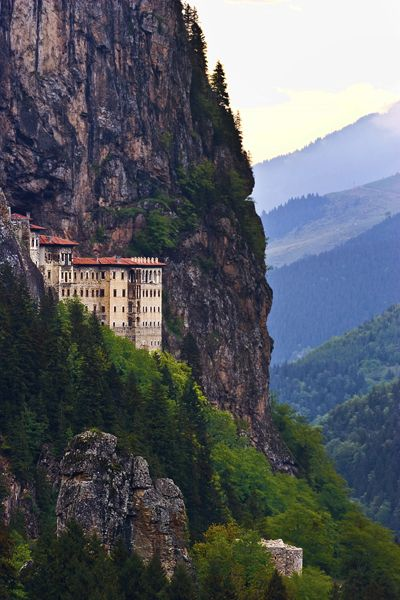 O Majestoso Mosteiro de Sumela na Turquia