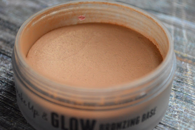 A picture of Make up and Glow Bronzing Base by w7 dupe of Tan de Soleil de Chanel