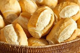 Por que o pão francês tem esse nome no Brasil se ele não existe na França?
