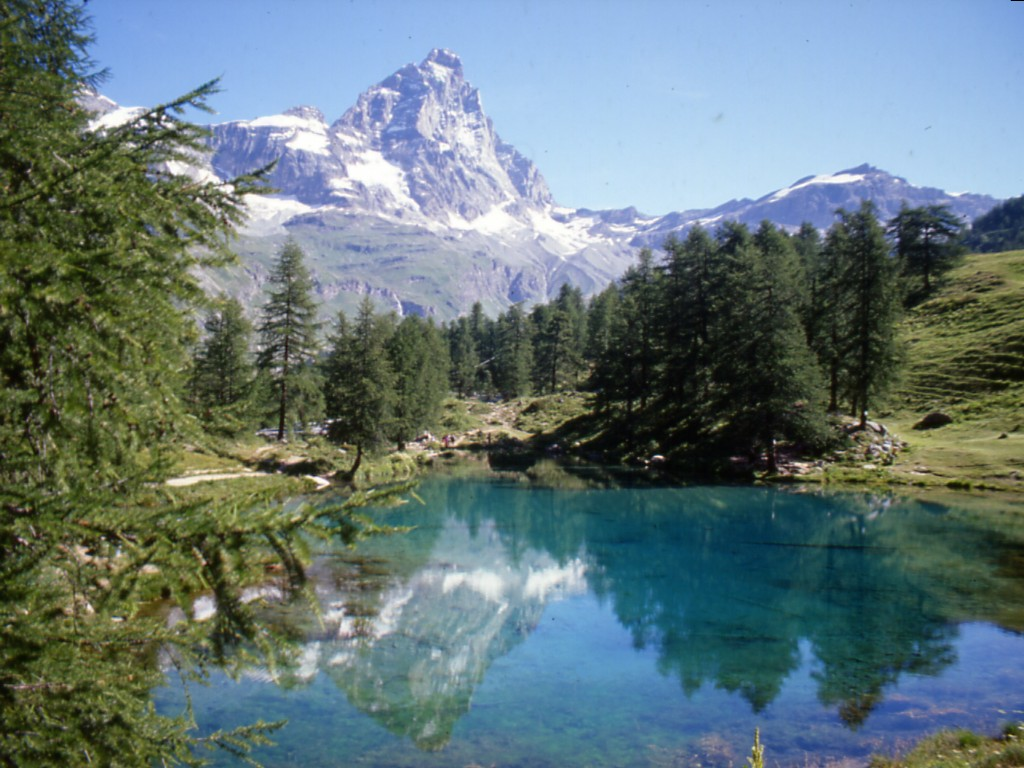 TOP WORLD TRAVEL DESTINATIONS Aosta Italy