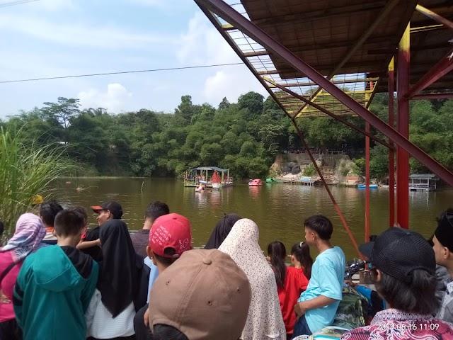 Tidak Menggunakan Pelampung, Dua Orang Asal Bandung Tenggelam  Wisata Danau Biru