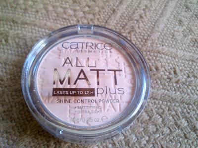1776. Catrice All Matt Plus Shine Control puder matujący