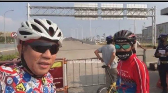Beredar video seorang pria yang tengah bersepeda ingin memasuki kawasan Pantai Indah Kapuk. Namun saat akan melewati jembatan, ia diadang oleh pihak keamanan dan tidak diizinkan masuk. Menurut penuturan pria tersebut, memasuki kawasan itu harus menggunakan paspor.