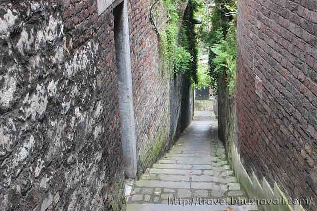 Things to do in Liege Belgium Impasse