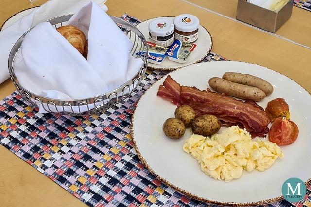 Breakfast at Olive, Hilton Clark Sun Valley Resort