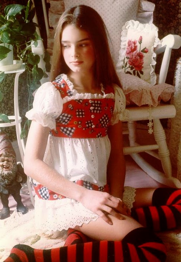 Cute Small Girl Wallpapers For Facebook Filmov 237 Zia Brooke Shields