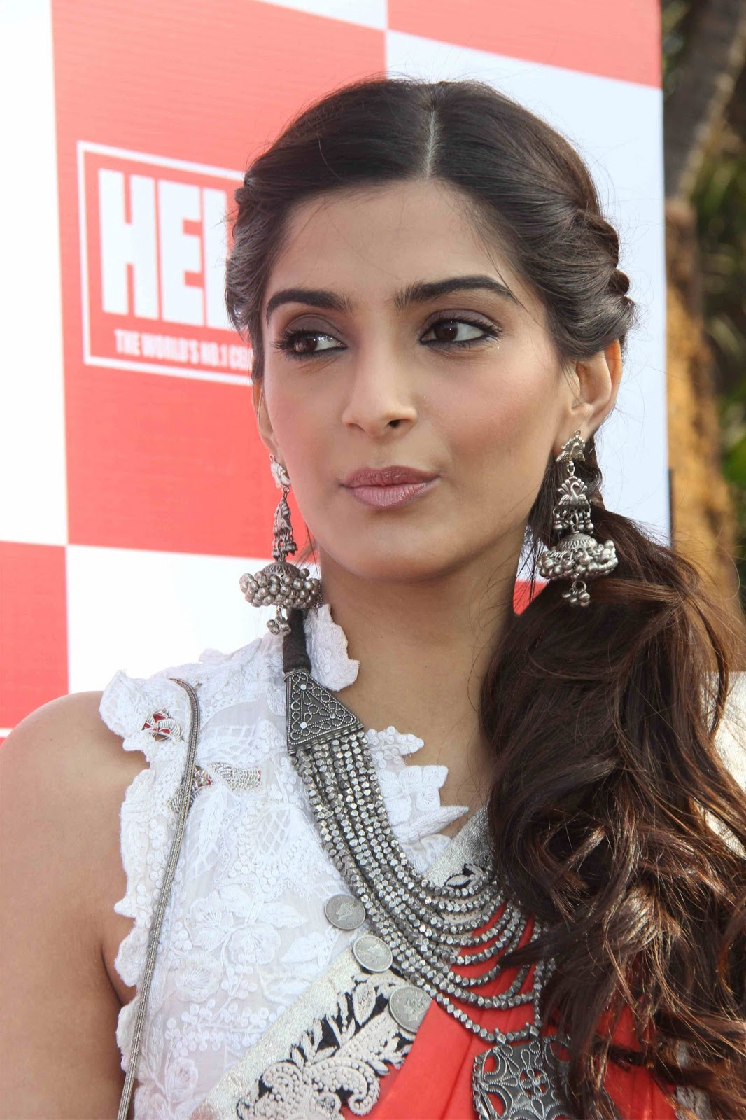 Happy Birthday To Sonam Kapoor June 9