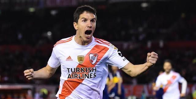 Meio-campo é titular do clube argentino (Foto: Reprodução)