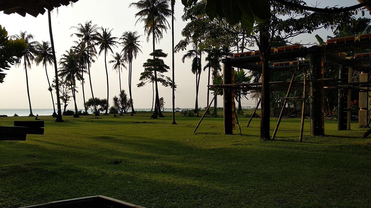 All About Camping / Kemah (Rekomendasi Tempat, Peralatan, Aktivitas, Tips, dll.)