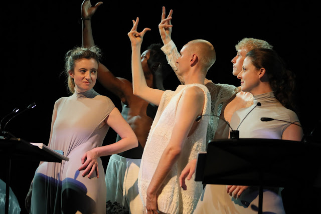 Alastair White: The Robe - Rosie Middleton, Sarah Parkin, Charlie Nayler, Thomas Page, Moses Ward - Tete a Tete (Photo Claire Shovelton)