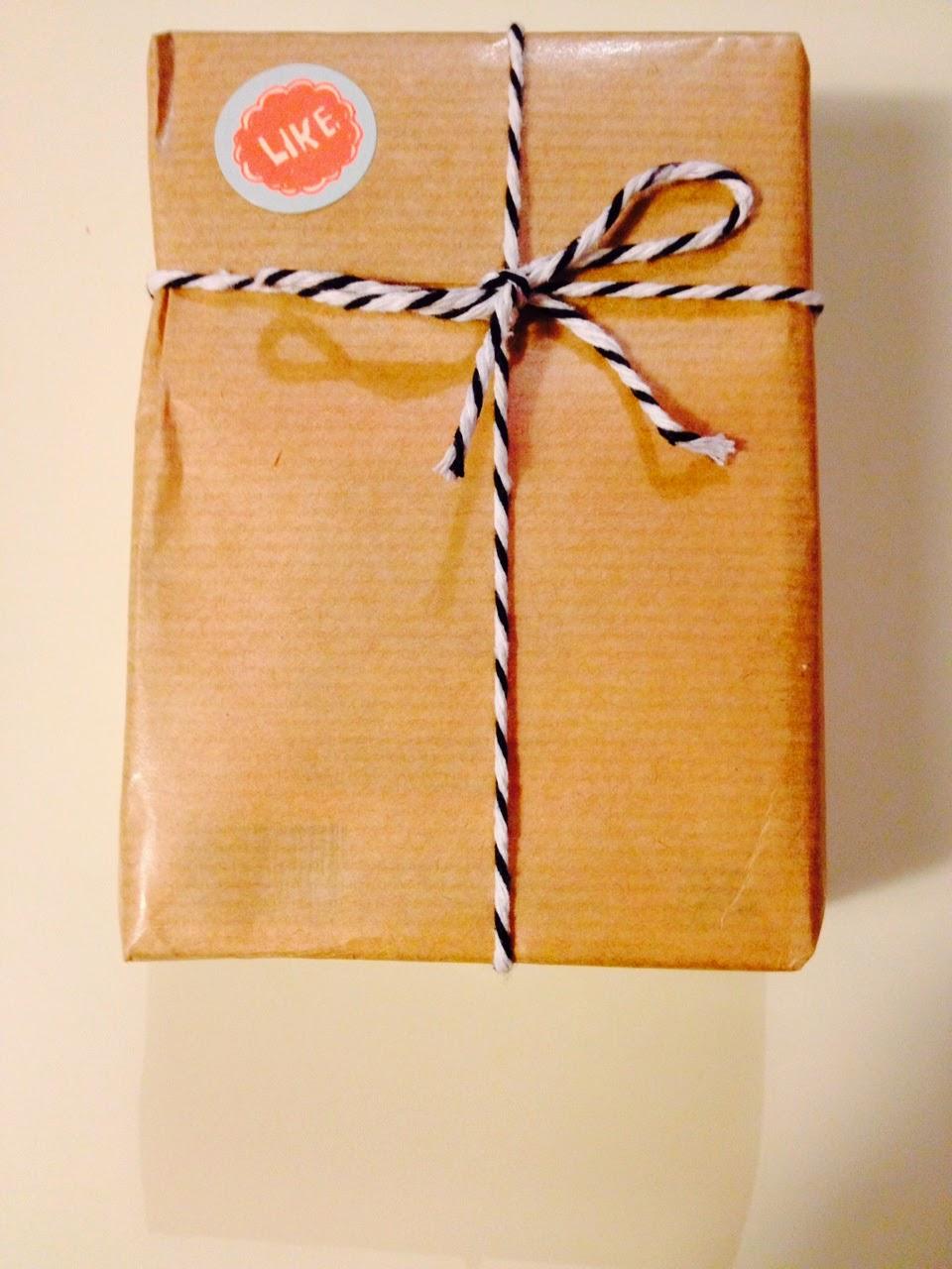 http://www.globeshoppeuse.com/2014/05/des-cadeaux-joliement-emballes-avec.html