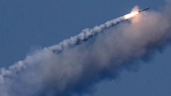 Rusia lanza misiles de crucero contra el Daesh en Mayadeen