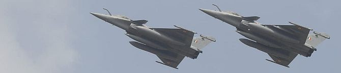 As More Rafale Fighters Join IAF's Fighter Fleet, China Begins Readying Its Fighter Jet J-20