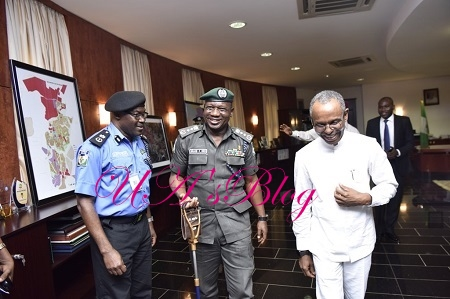 IG Of Police Spotted Posing For Photos With Governor El-rufai in Kaduna After Snubbing Senate (Photos)