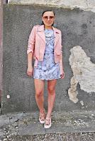 http://www.karyn.pl/2018/05/pastelowa-sukienka-w-kwiaty.html?showComment=1527266148312#c1367062868724452539