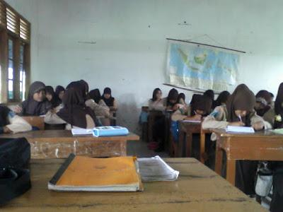 Soal UTS PAI (Pendidikan Agama Islam) Kelas 1 2 3 4 5 6 SD/MI Semester 2 (Genap) Dan Kunci Jawaban