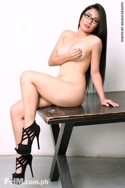 alyzza agustin sexy nude pics 02