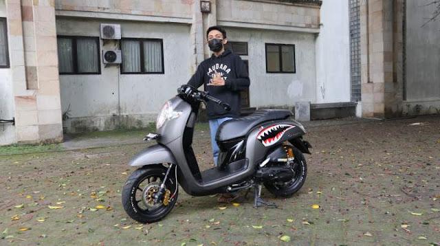 Honda Scoopy modifikasi caferacer Keren