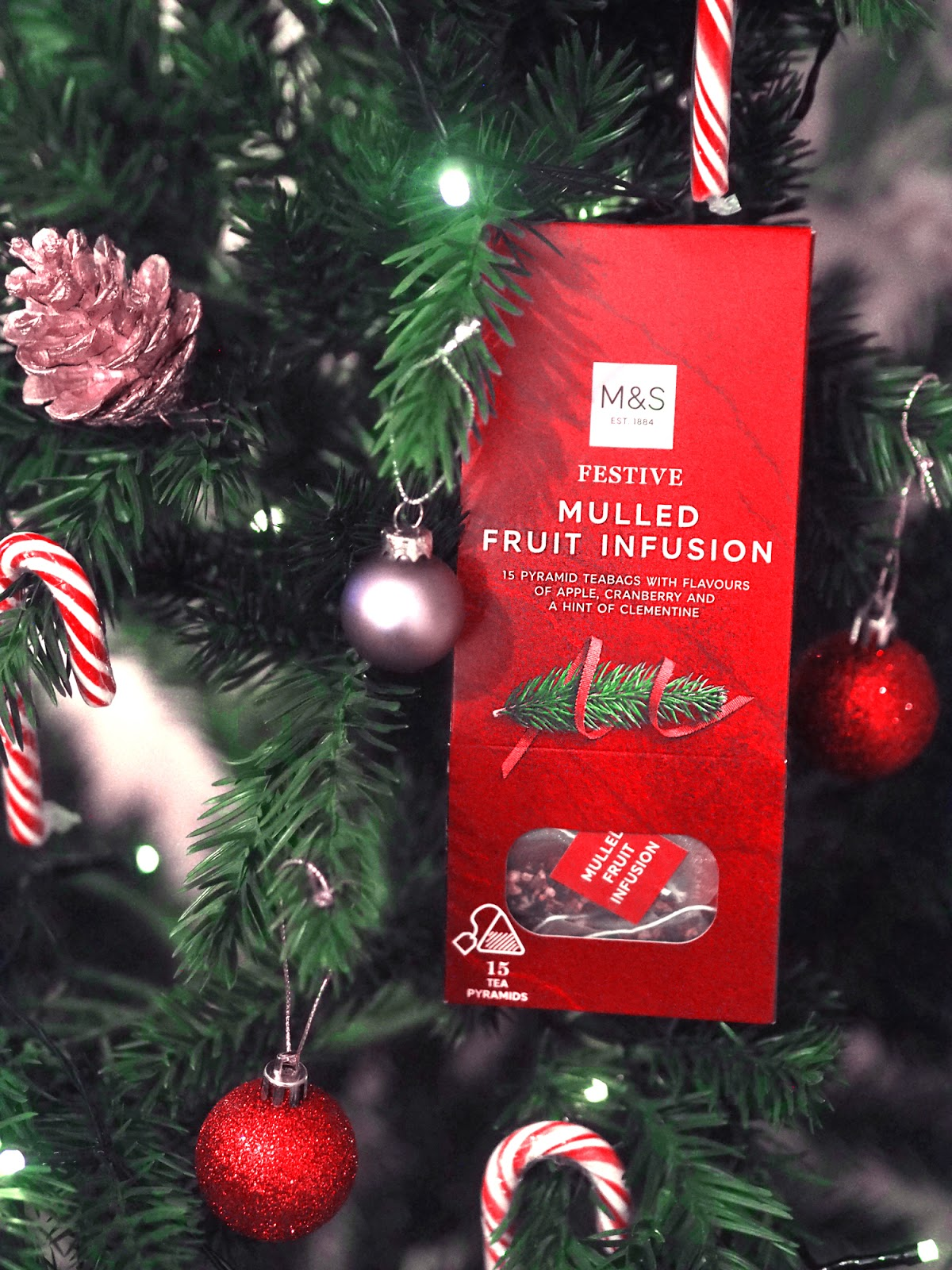 M&S Festive Mulled Fruit Infusion