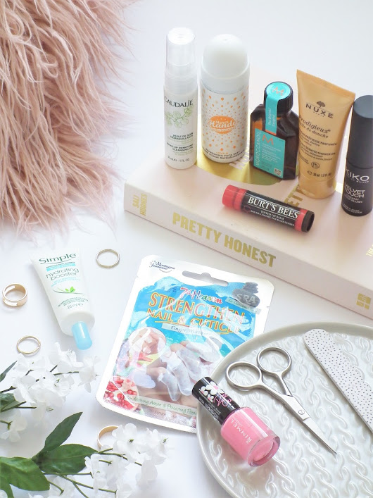 Lauren Victoria | Beauty & Lifestyle Blog: Latest In Beauty - Beauty Guru Box* | First Impressions
