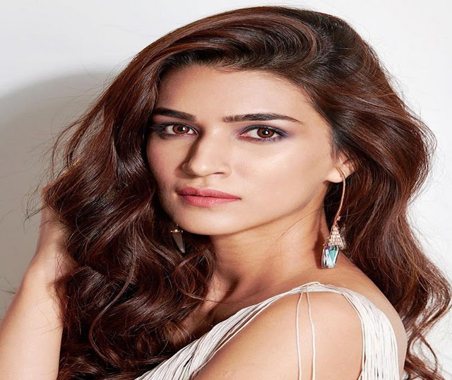 Kriti Sanon Latest Photos Filmyframe