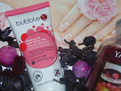 Bubble T Cosmetics,  Hibiscus & Acai Berry Tea Hand Cream Krem do rąk