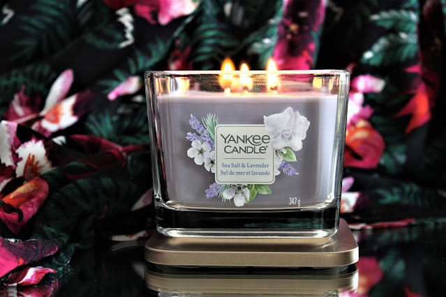 yankee candle sea salt and lavender avis, sea salt & lavender yankee candle, yankee candle sel de mer lavande avis, bougie à la lavande yankee candle, bougie parfumée, bougie yankee, yankee candles, candle review, scented candle, avis yankee candle