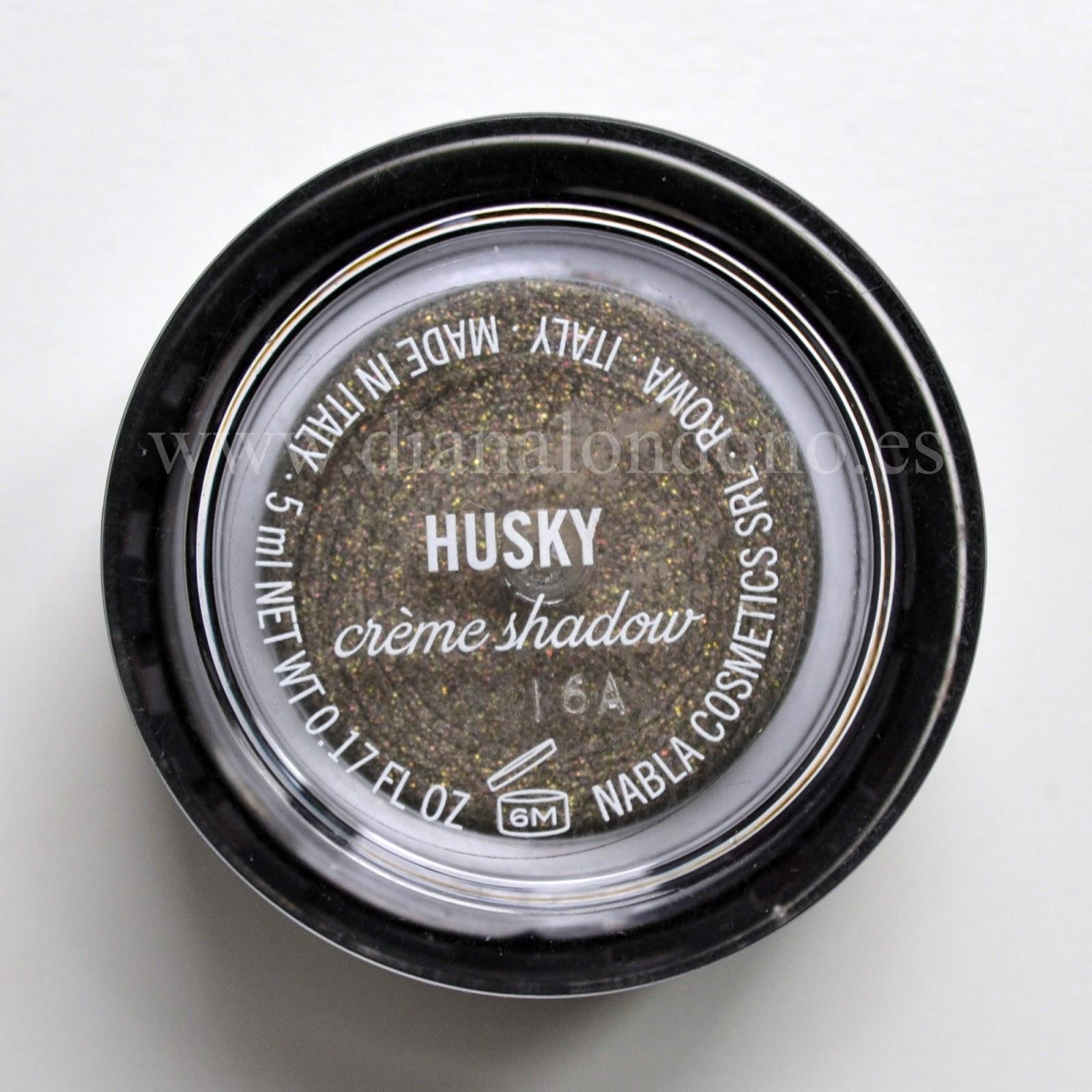Vista trasera sombra en crema tono husky Nabla cosmetcis