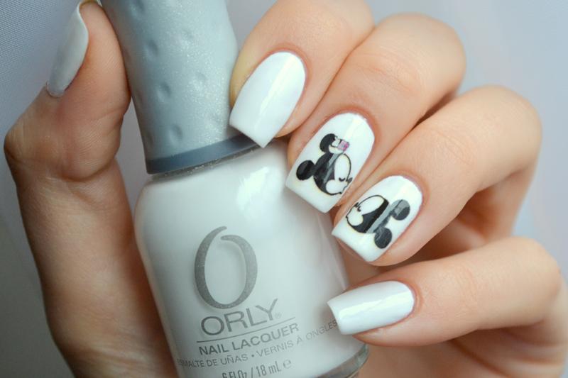 Mickey Mouse Syllunia